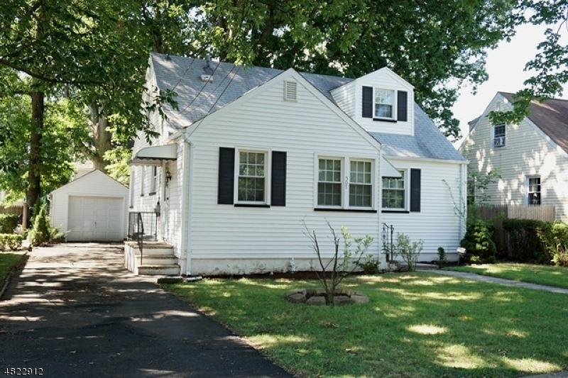 Maison unifamiliale pour l Vente à 507 MYRTLE Avenue Garwood, New Jersey 07027 États-Unis