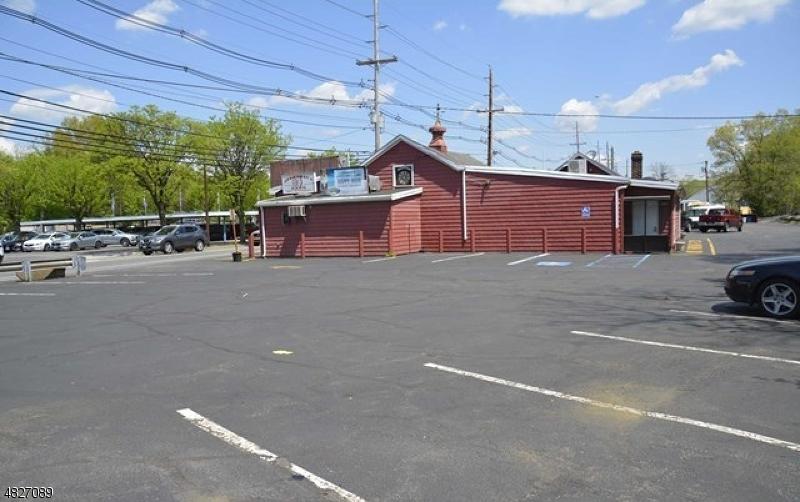 Comercial por un Venta en 995 GOFFLE Road Hawthorne, Nueva Jersey 07506 Estados Unidos