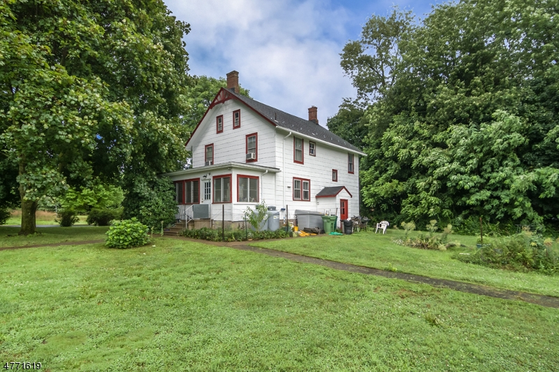 Single Family Home for Sale at 16 FAIRMOUNT Road Washington, New Jersey 07853 United States