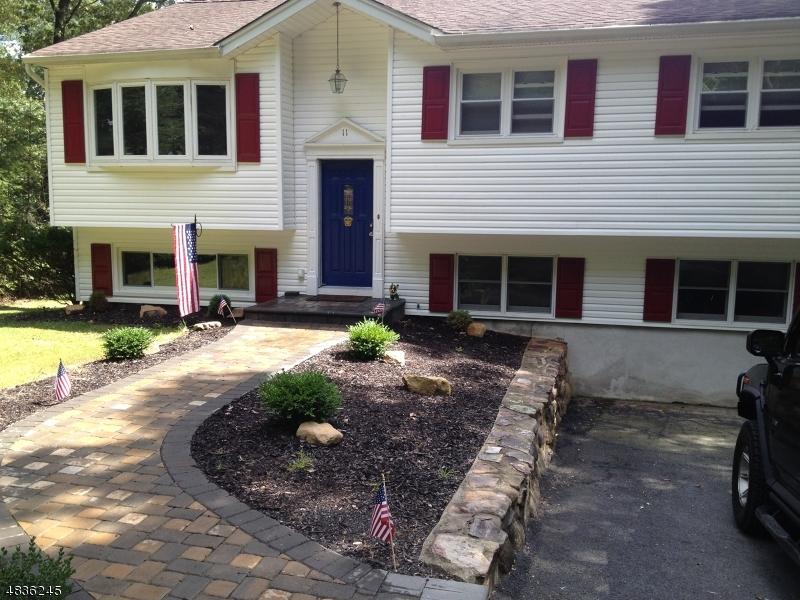 独户住宅 为 销售 在 11 WOODSTOCK Trail Jefferson Township, 新泽西州 07438 美国