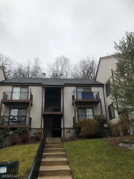 Кондо / дом для того Продажа на 10181 DELL Place Stanhope, Нью-Джерси 07874 Соединенные Штаты