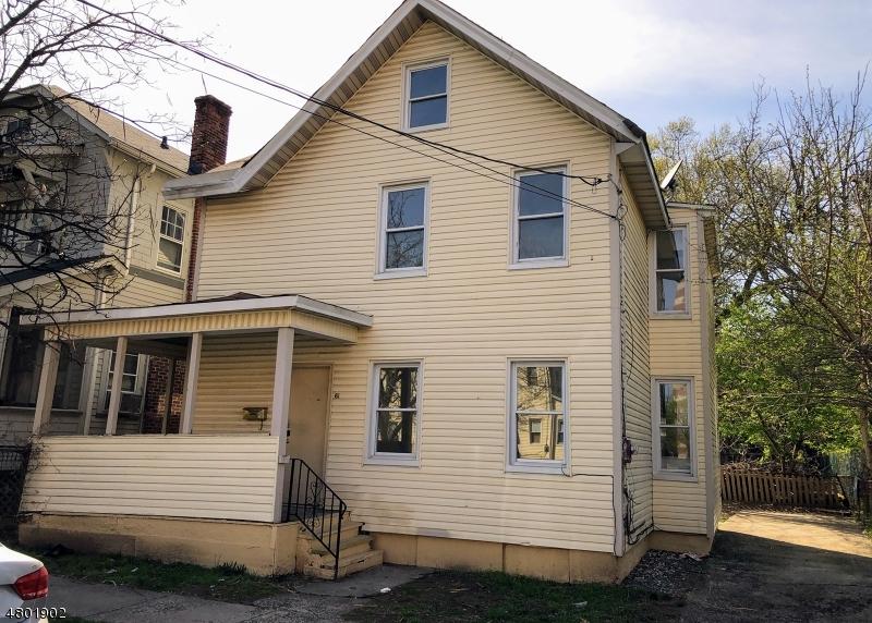 Maison unifamiliale pour l Vente à 61 GLENWOOD Avenue Orange, New Jersey 07050 États-Unis
