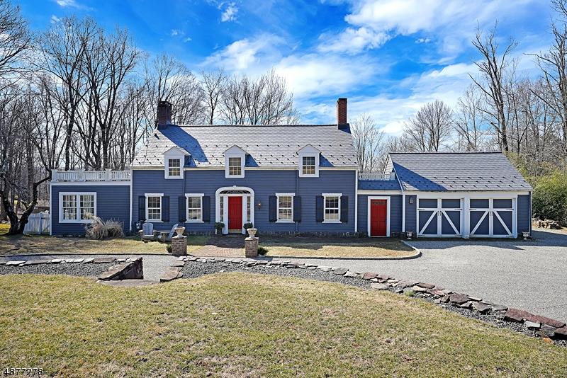 Enfamiljshus för Försäljning vid 2020 WASHINGTON VALLEY Road Bridgewater, New Jersey 08836 Förenta staterna