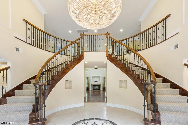 Villa per Vendita alle ore 159 BERKSHIRE VALLEY Road Roxbury Township, New Jersey 07847 Stati Uniti