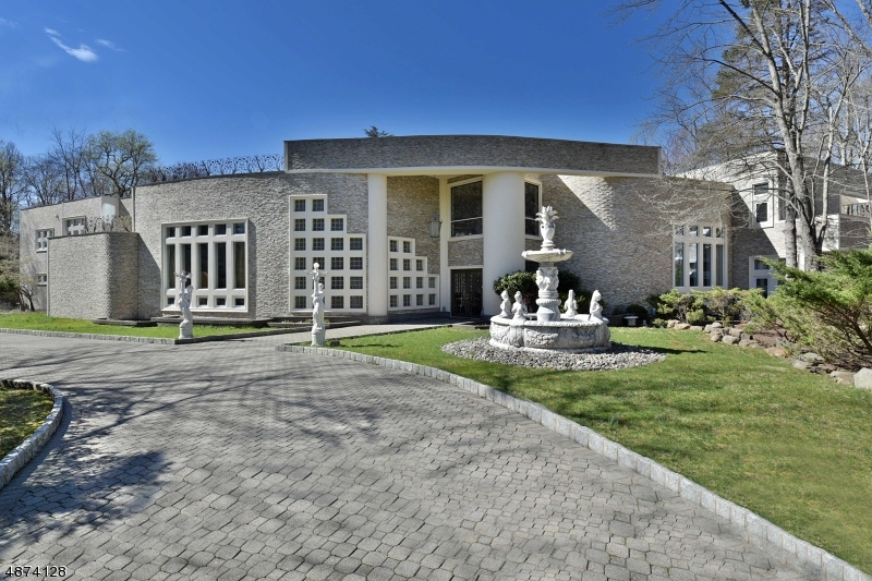 Single Family Home for Sale at 3 CAMERON RD Saddle River, New Jersey 07458 United States