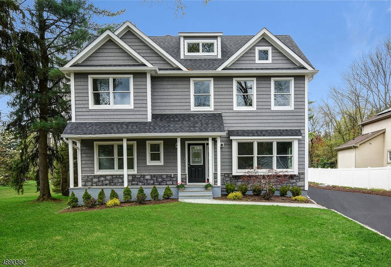 Single Family Home for Sale at Berkeley Heights, New Jersey 07922 United States