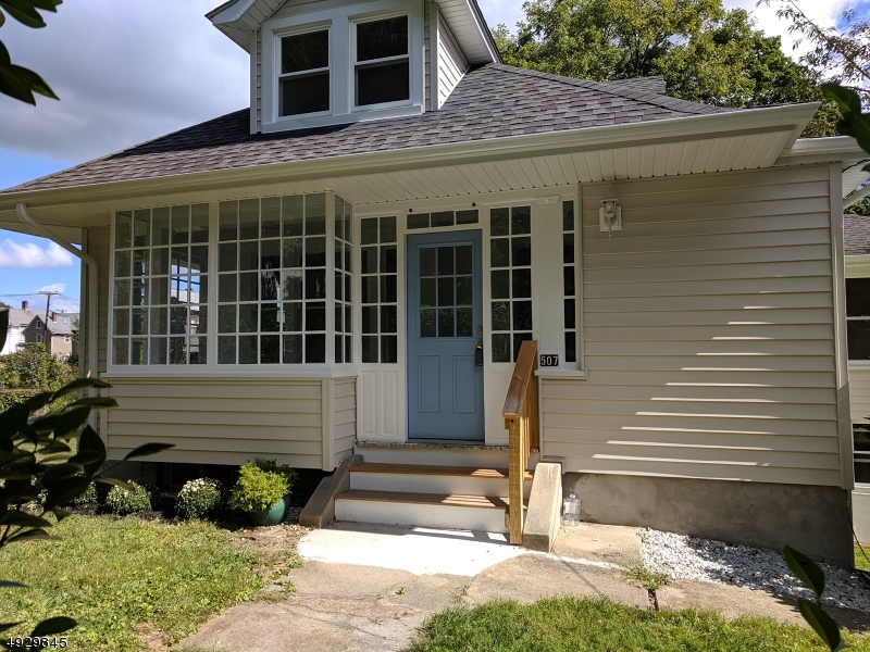 Single Family Homes för Försäljning vid Hackettstown, New Jersey 07840 Förenta staterna