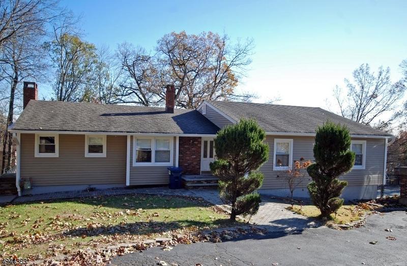 Single Family Homes vì Bán tại Green Brook Township, New Jersey 08812 Hoa Kỳ