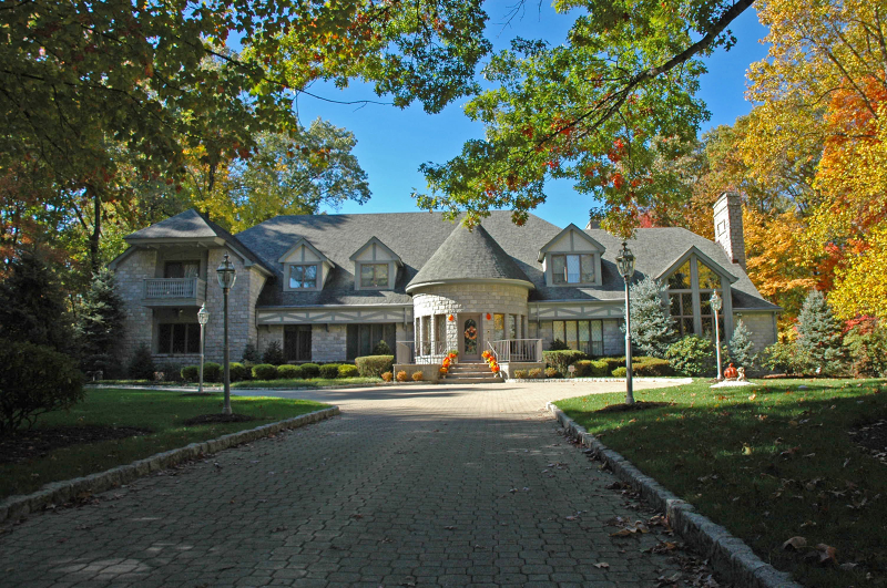 Additional photo for property listing at 5 Country Squire Road  Saddle River, New Jersey 07458 États-Unis