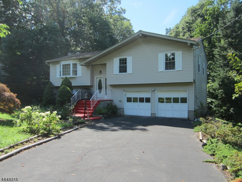 Additional photo for property listing at 17 7th Avenue  Mine Hill, Nueva Jersey 07803 Estados Unidos