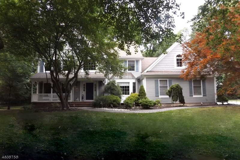 Single Family Home for Sale at 14 Stafford Place Towaco, 07082 United States