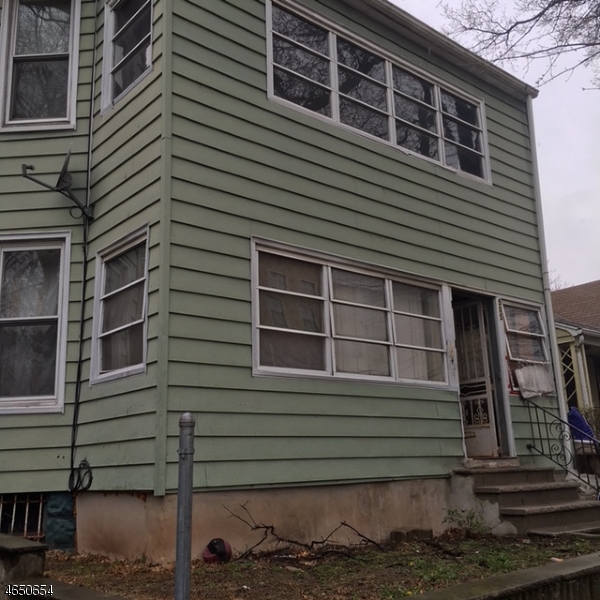 Additional photo for property listing at Address Not Available  East Orange, New Jersey 07018 États-Unis