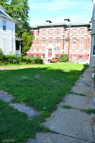 Additional photo for property listing at 90 RICHELIEU TER  Newark, New Jersey 07106 États-Unis