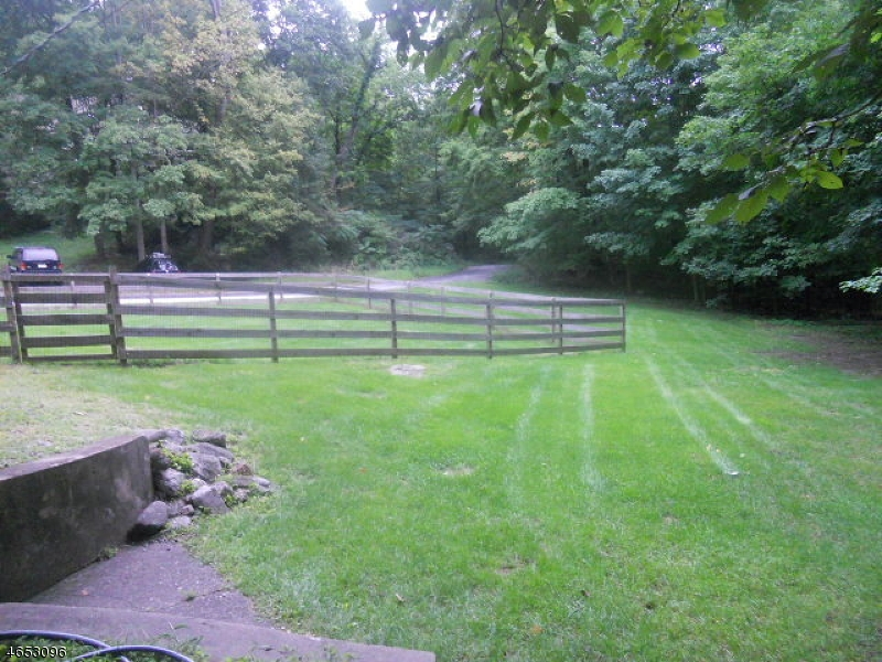 Additional photo for property listing at 8 Old Coach Road  Vernon, New Jersey 07462 United States