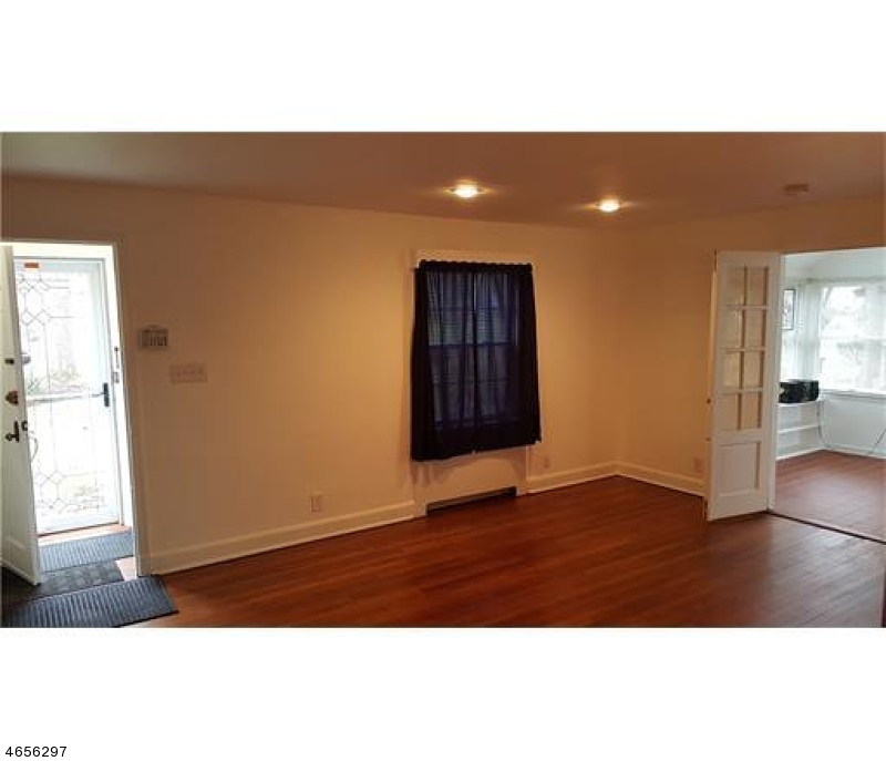 Additional photo for property listing at 935 FERNWOOD Avenue  Plainfield, Нью-Джерси 07062 Соединенные Штаты
