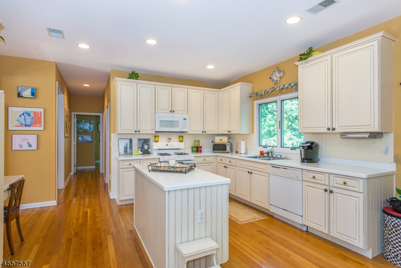 Additional photo for property listing at 29 ARNOLD Drive  Randolph, Nueva Jersey 07869 Estados Unidos