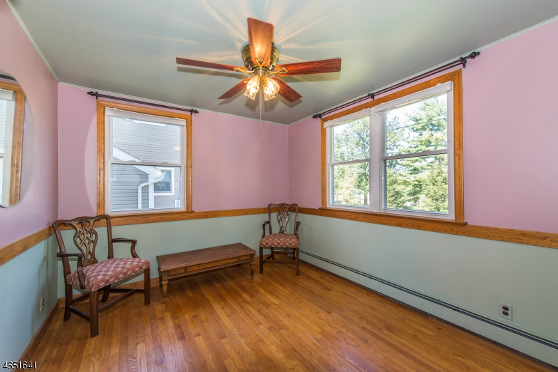 Additional photo for property listing at 15 Ratcliffe Road  Wayne, Nueva Jersey 07470 Estados Unidos