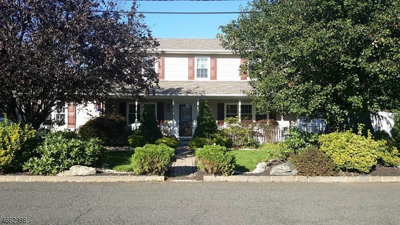 Single Family Home for Sale at 28 Eastside Avenue Wanaque, 07465 United States