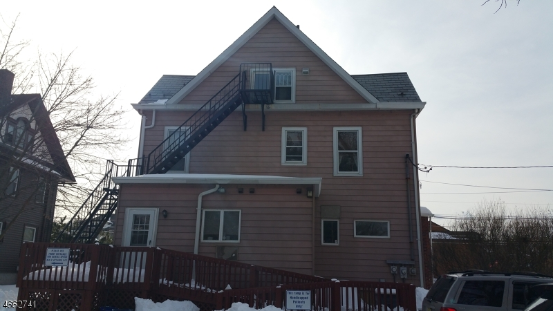 独户住宅 为 出租 在 279 E Main Street Somerville, 08876 美国
