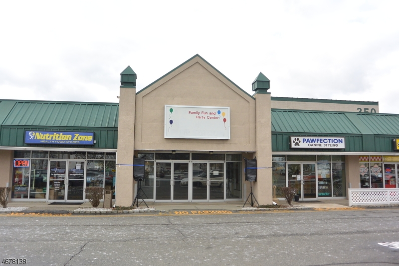 Commercial for Rent at 350 US-46 E Rockaway, New Jersey 07866 United States
