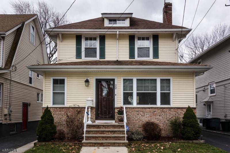 独户住宅 为 销售 在 22 Rosedale Avenue 米尔本, 新泽西州 07041 美国