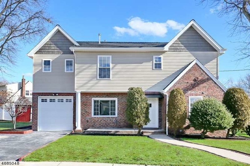Single Family Home for Sale at 6 Youngs Place Saddle Brook, 07663 United States