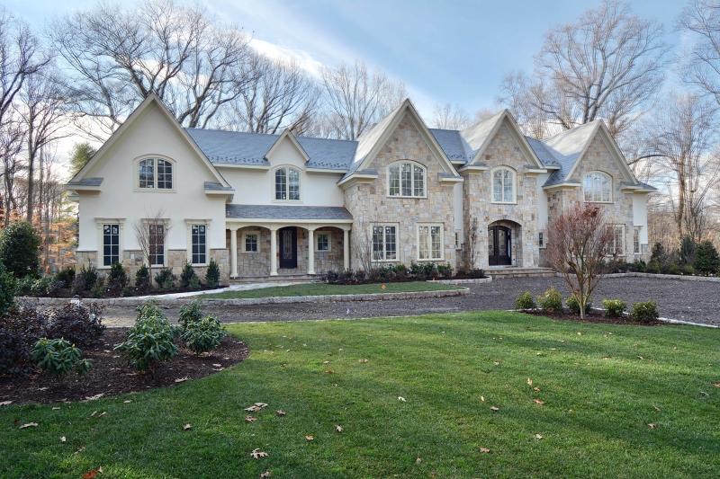 Maison unifamiliale pour l Vente à 64 Oak Road Saddle River, New Jersey 07458 États-Unis