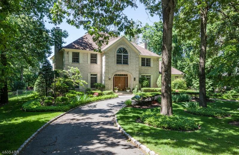 Частный односемейный дом для того Продажа на 42 Abbott Road Towaco, 07082 Соединенные Штаты