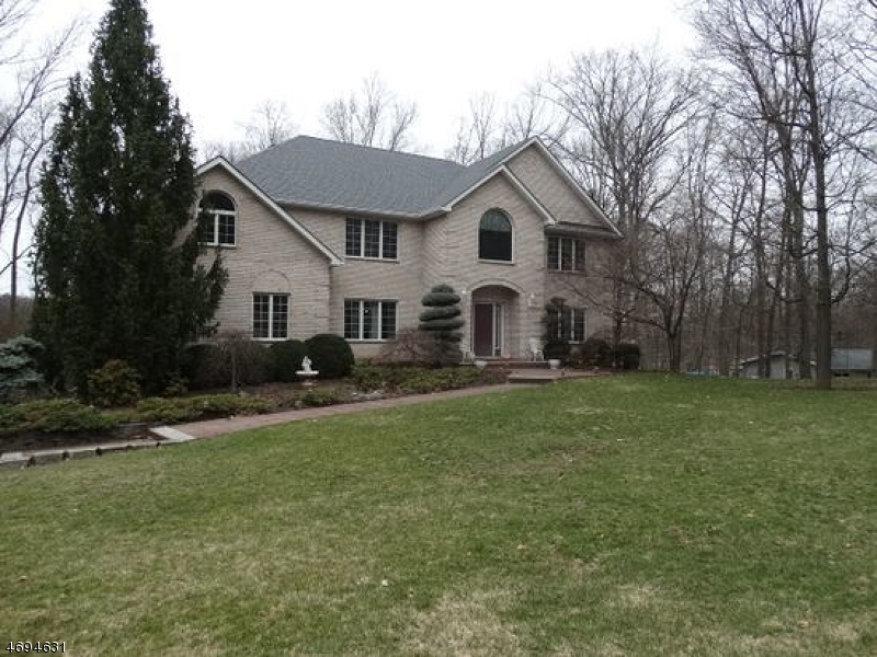 Single Family Home for Sale at Address Not Available Green Brook Township, 08812 United States