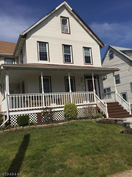 Maison unifamiliale pour l à louer à 217-19 NETHERWOOD Avenue Plainfield, New Jersey 07062 États-Unis