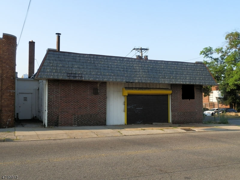 Commercial for Sale at 448 Hillside Avenue Hillside, 07205 United States