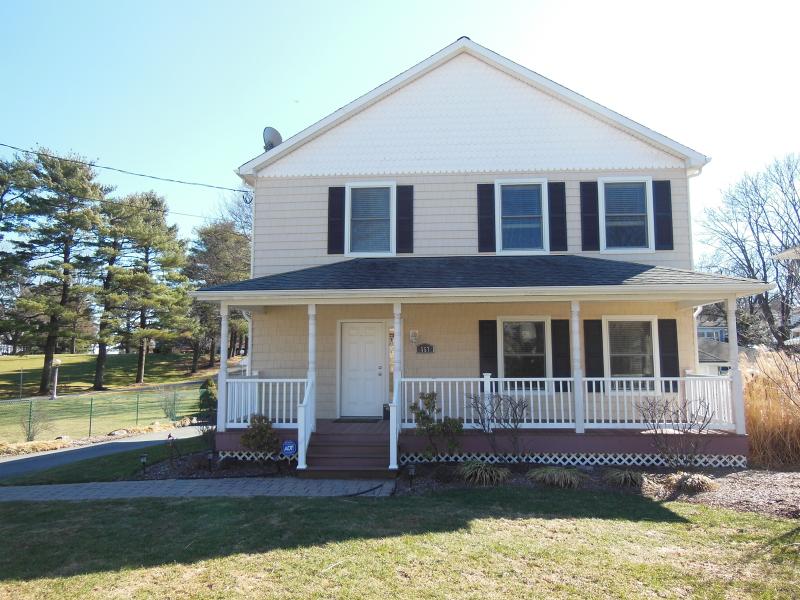 Casa Unifamiliar por un Alquiler en 557 Lathrop Avenue Boonton, Nueva Jersey 07005 Estados Unidos