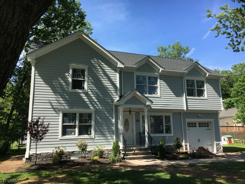 Single Family Home for Sale at 10 Carsam Street Fanwood, New Jersey 07023 United States