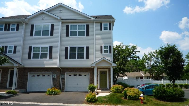 Maison unifamiliale pour l à louer à 3 Liam Street Franklin, New Jersey 08873 États-Unis