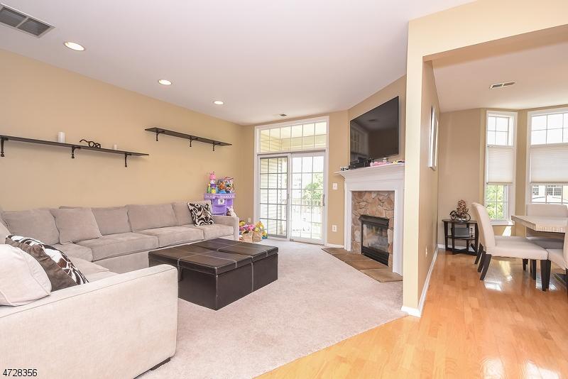Casa Unifamiliar por un Alquiler en 414 Turlington Court Livingston, Nueva Jersey 07039 Estados Unidos