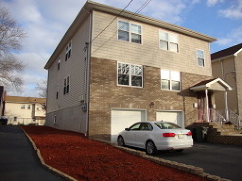 Casa Unifamiliar por un Alquiler en 35 N 8th Street Kenilworth, Nueva Jersey 07033 Estados Unidos