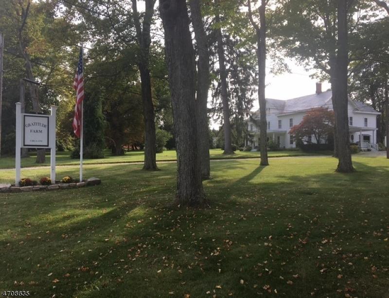 独户住宅 为 销售 在 636 Route 94 Fredon, 新泽西州 07860 美国
