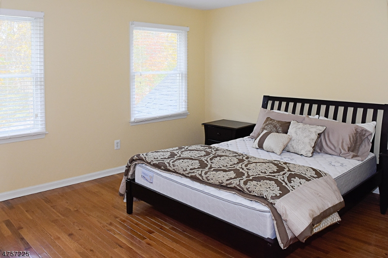 Additional photo for property listing at 4 Cedar Gate Road  Denville, New Jersey 07834 États-Unis