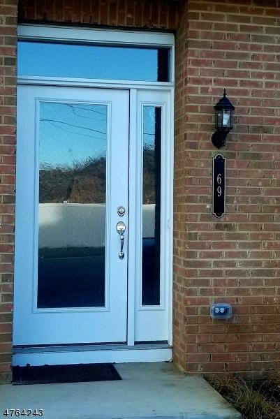 Maison unifamiliale pour l à louer à 69 Green Street North Brunswick, New Jersey 08902 États-Unis