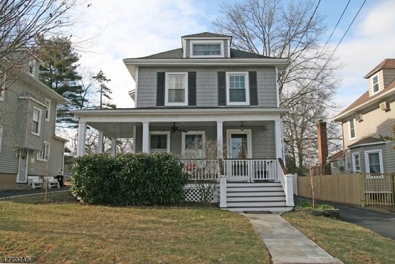 独户住宅 为 销售 在 17 N Hillside Avenue 查塔姆, 新泽西州 07928 美国