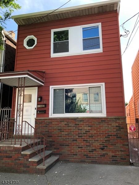 独户住宅 为 出租 在 289 CHESTNUT Street 纽瓦克市, 新泽西州 07105 美国