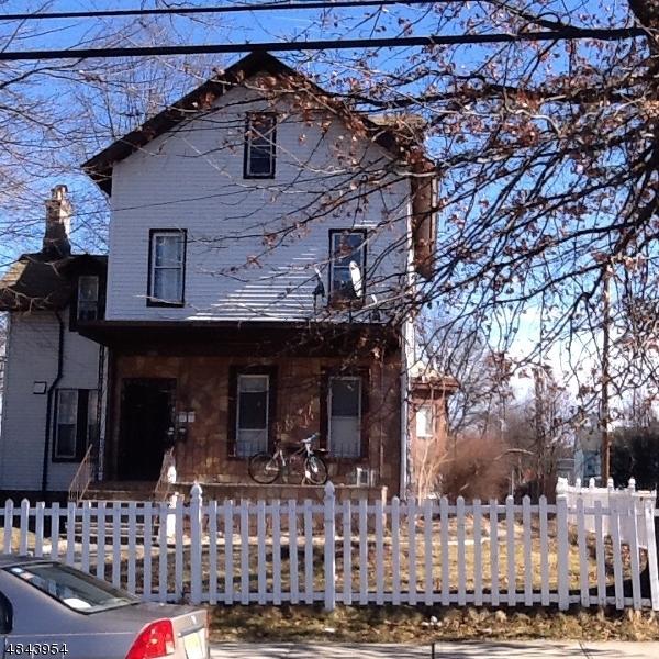 Maison avec plusieurs logements pour l Vente à 234 CLEVELAND Street Orange, New Jersey 07050 États-Unis