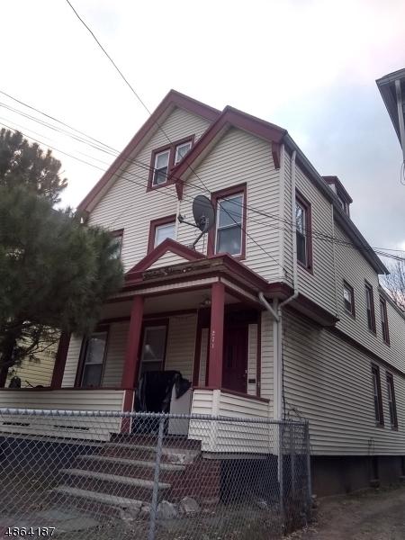 Maison avec plusieurs logements pour l Vente à 271 HIGH Street Orange, New Jersey 07050 États-Unis