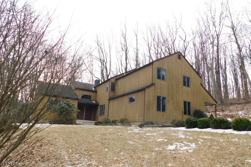 Частный односемейный дом для того Продажа на 230 TURKEY HILL Road Bloomsbury, Нью-Джерси 08804 Соединенные Штаты