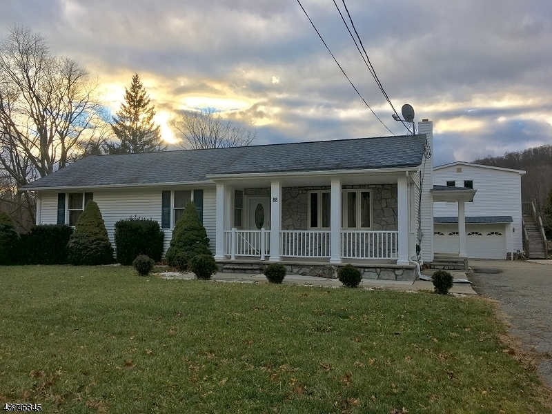 商用 为 销售 在 88 ST ROUTE 15 S Jefferson Township, 新泽西州 07885 美国
