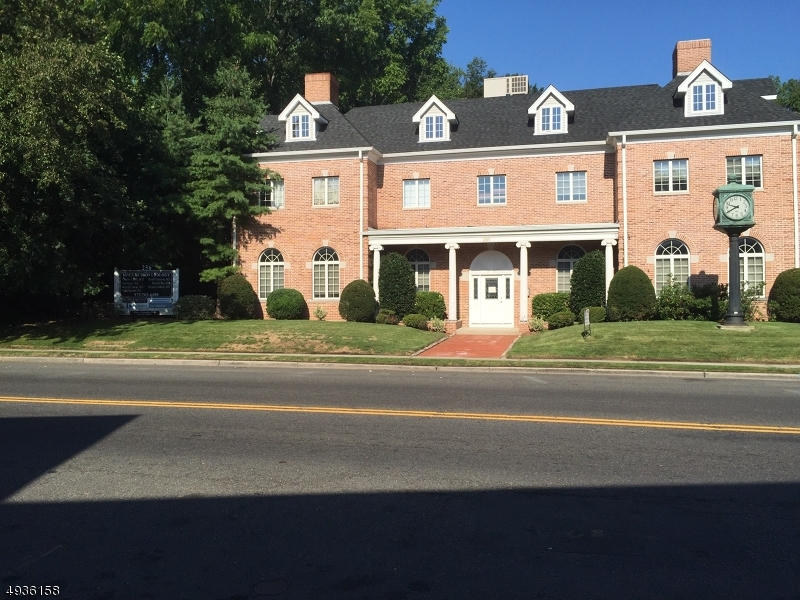 Commercial for Rent at Bloomfield, New Jersey 07003 United States