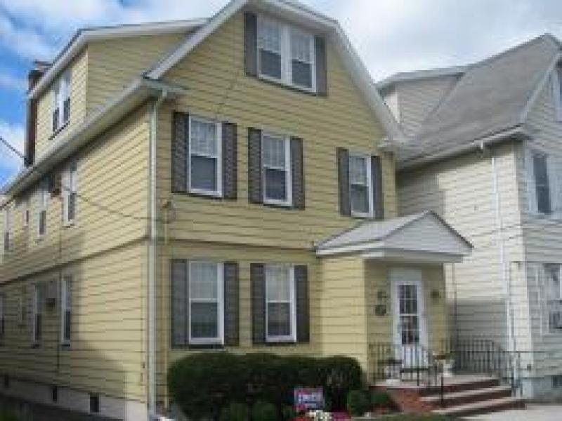 Property 为 出租 在 纳特利, 新泽西州 07110 美国