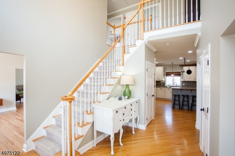 Single Family Homes για την Πώληση στο Holland Township, Νιου Τζερσεϋ 08848 Ηνωμένες Πολιτείες