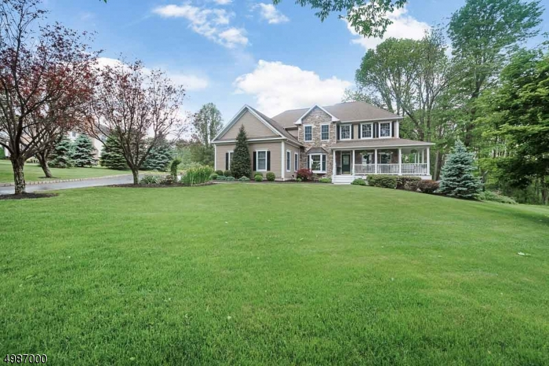 Single Family Homes için Satış at Union, New Jersey 08827 Amerika Birleşik Devletleri