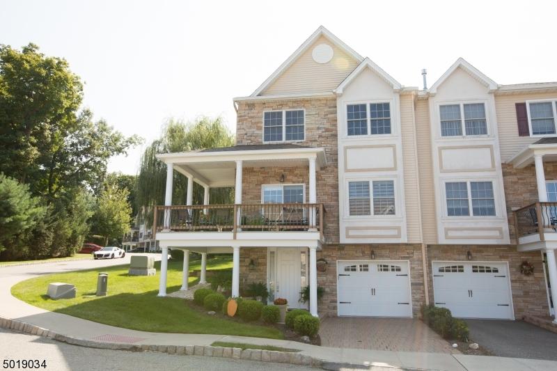 Condo / Maison de ville pour l Vente à Butler, New Jersey 07405 États-Unis